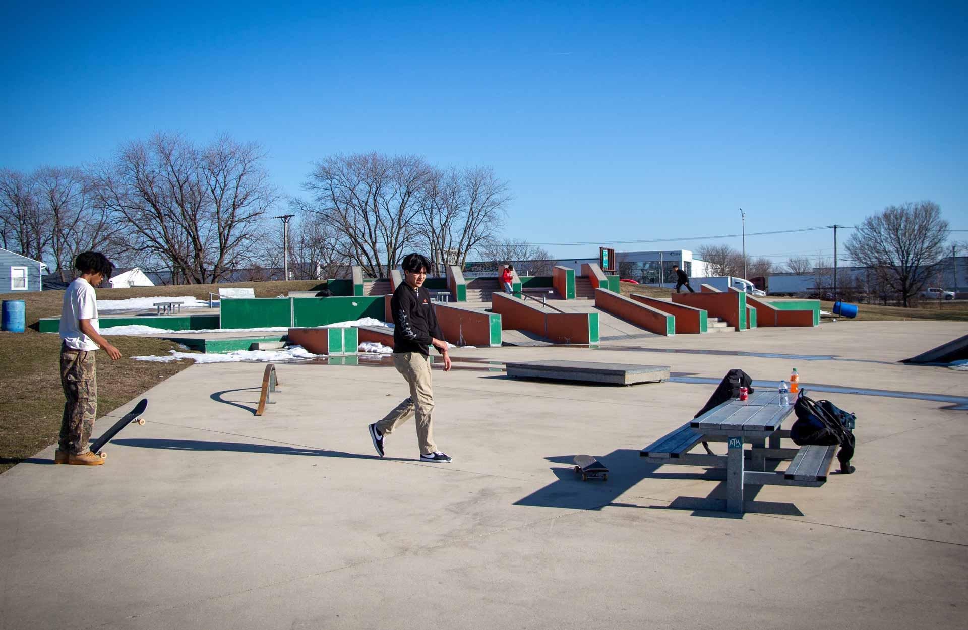 Bolingbrook Park District Central Park Skate Plaza