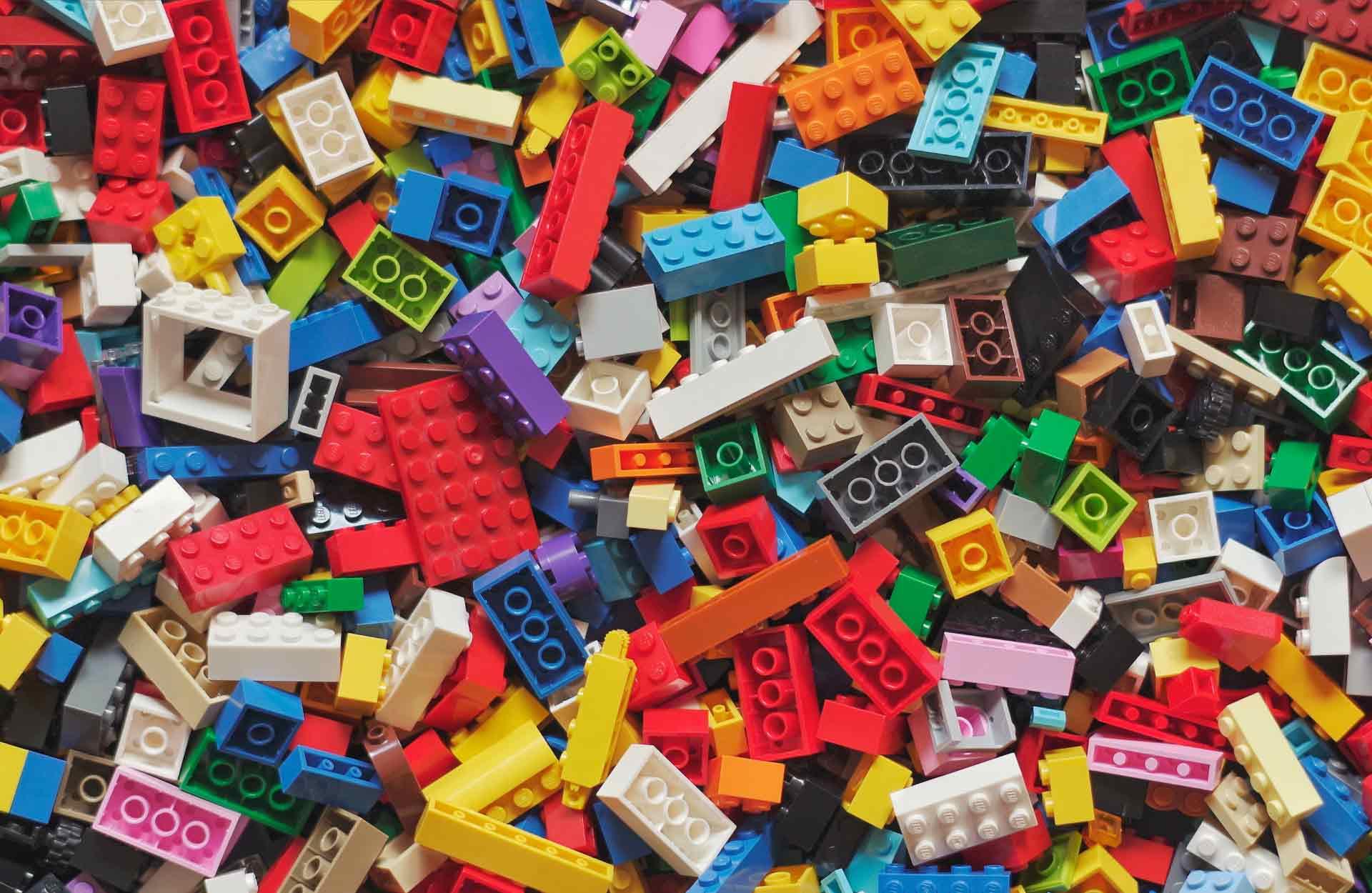 Lego-Hero-Featured